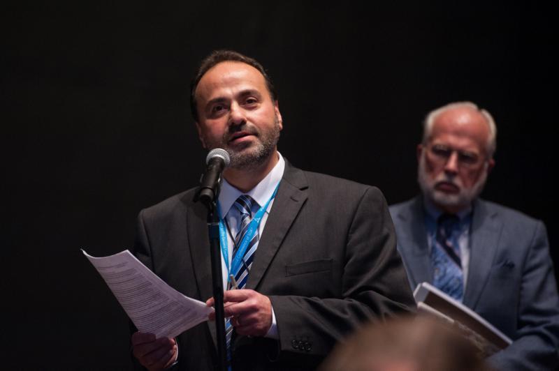 Rafaat Kamal, Transeuropeiska divisionens ledare, under förhandlingarna om ordination. Foto: Viviene Martinelli/ANN