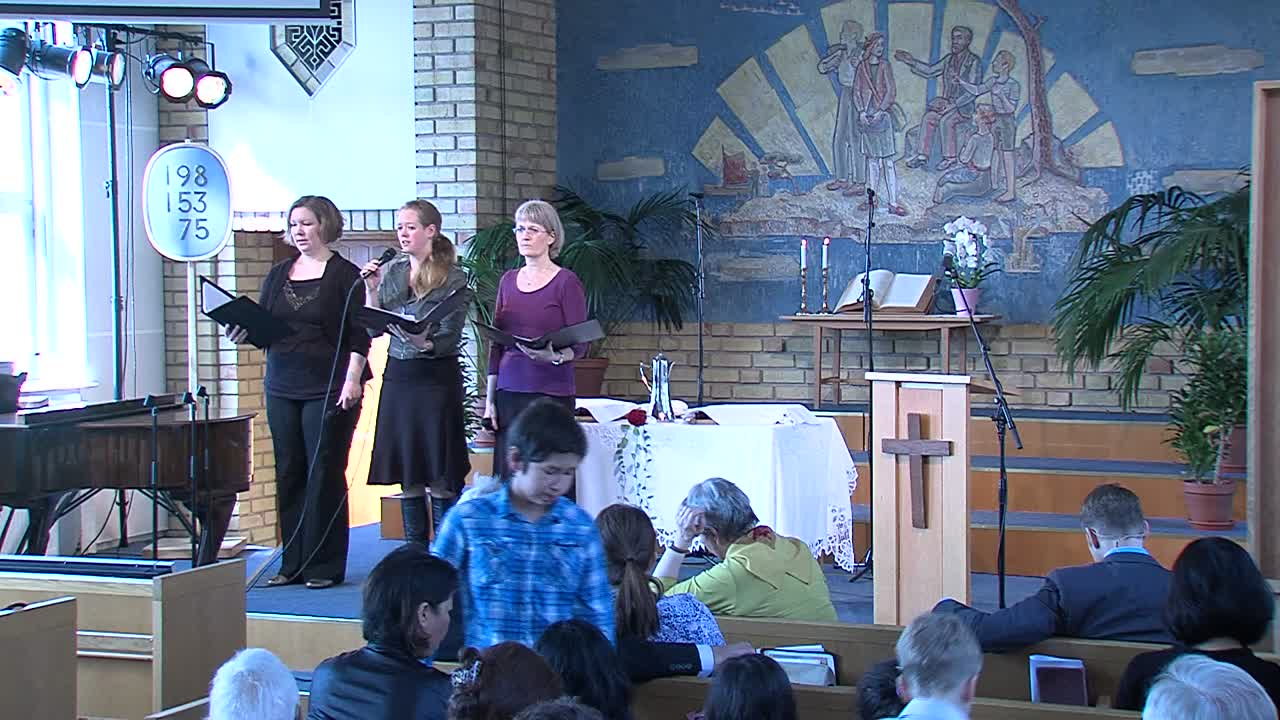 Tobias Edlund predikar på Ekebyholms